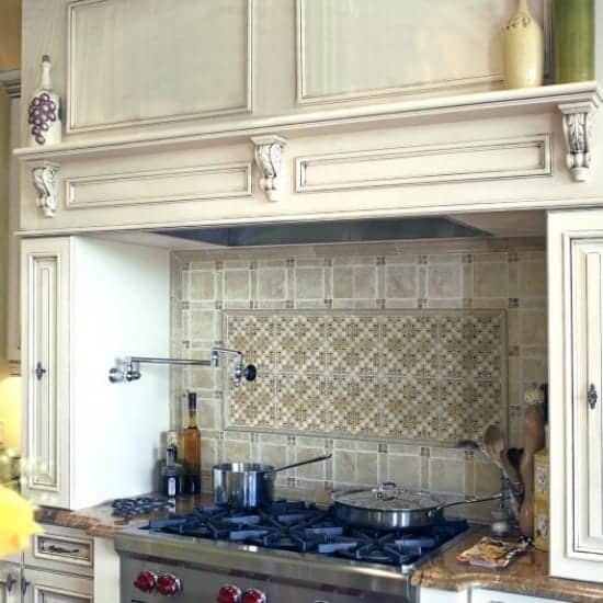 Bonita-kitchen-e1432307745701-550x550