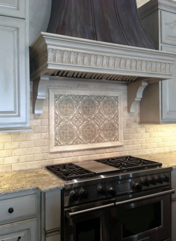 Minore Backsplash