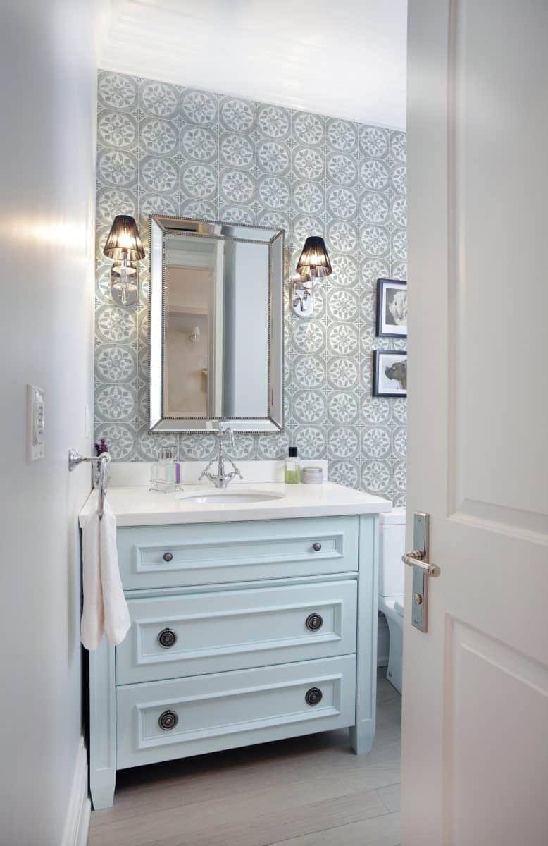 Clover Bathroom Install