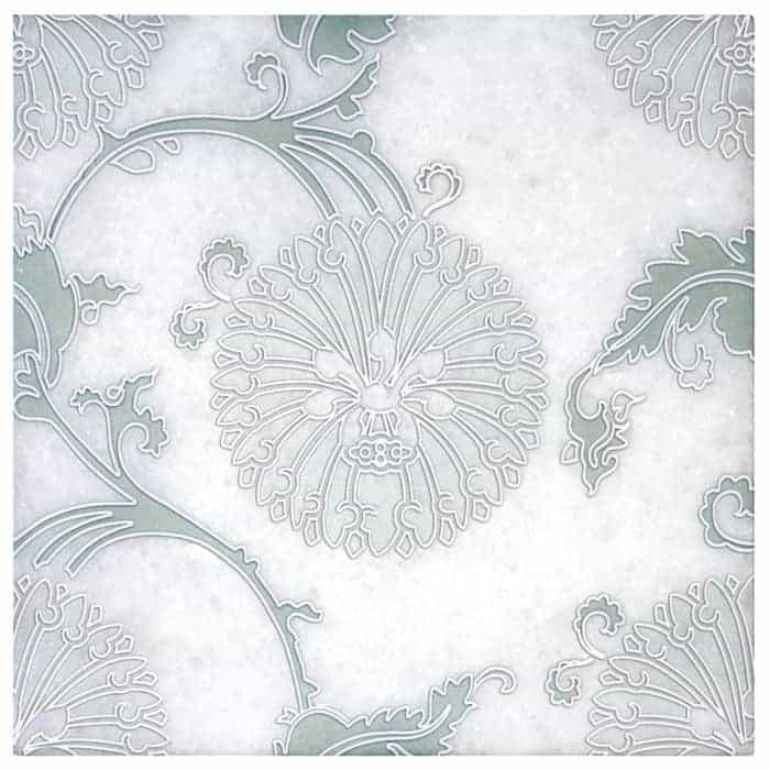 Eliana Green on Arctic White