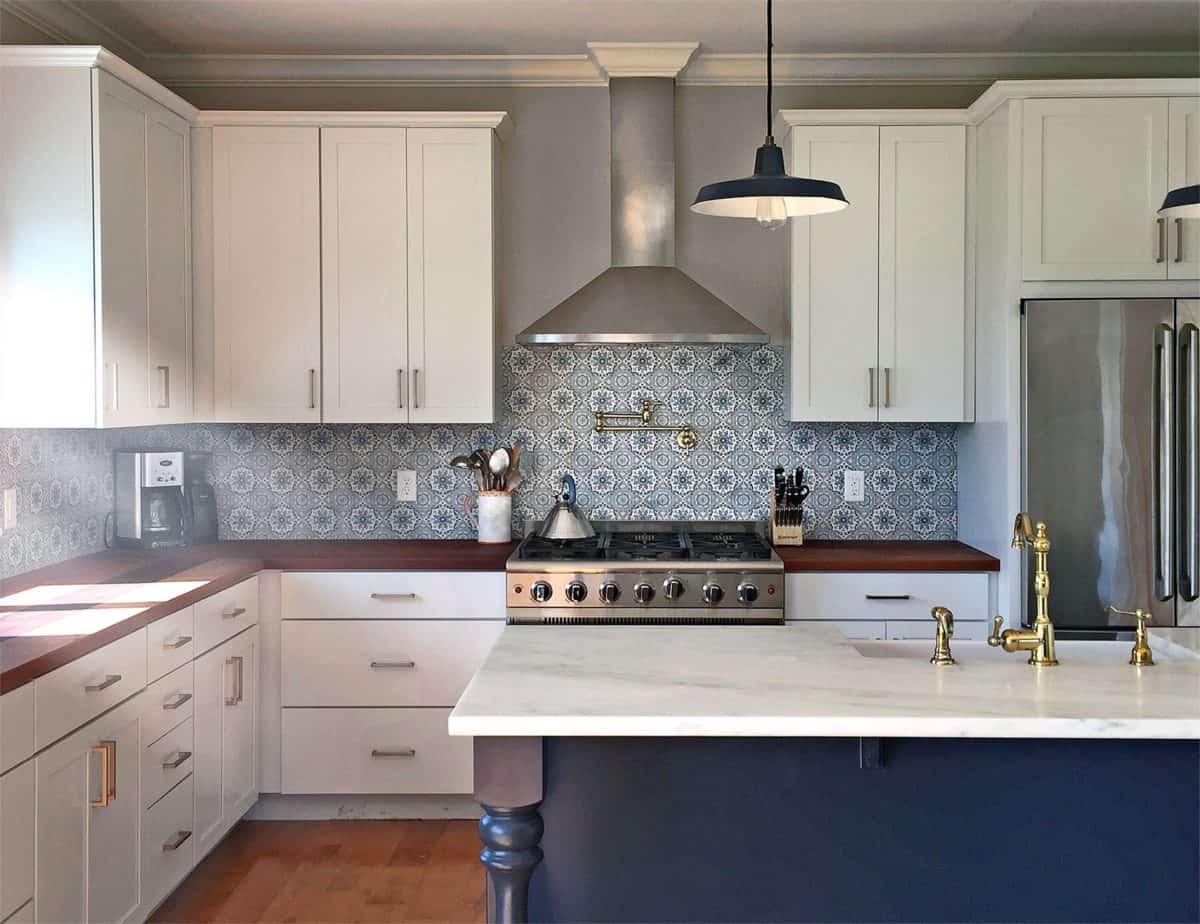 sanza pattern blue kitchen backsplash